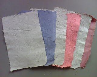 pemanpaatan limbah kertas