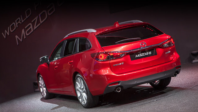 Mazda 6 Crossover back picture