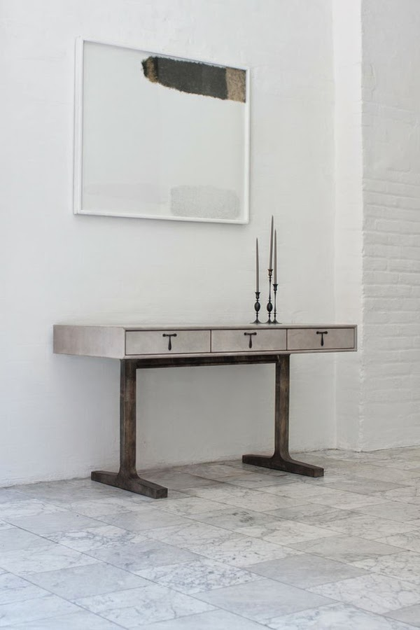 BDDW writing desk