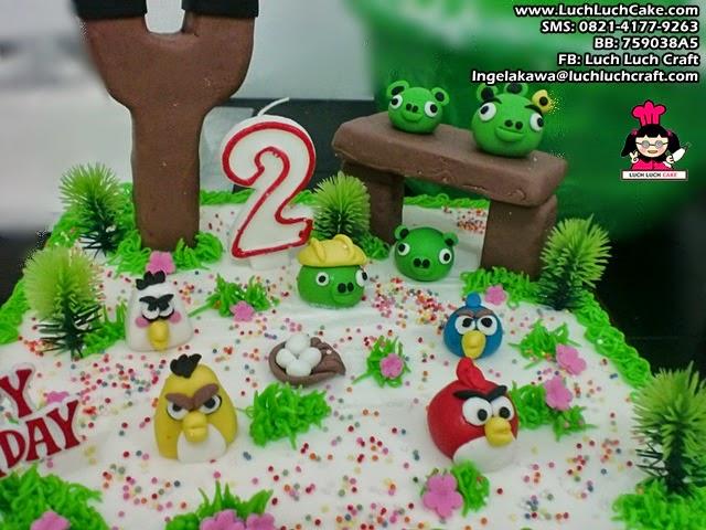 Kue Tart ulang tahun angry bird daerah surabaya - sidoarjo
