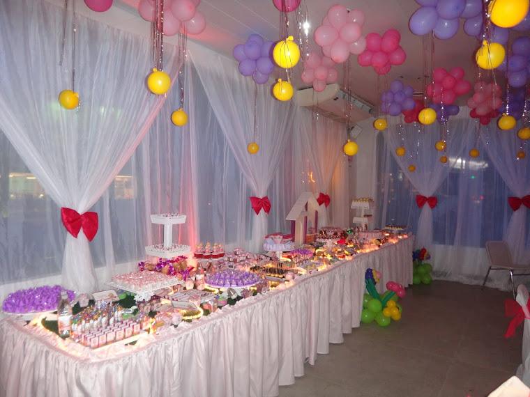 Bonecas/mesa de doces