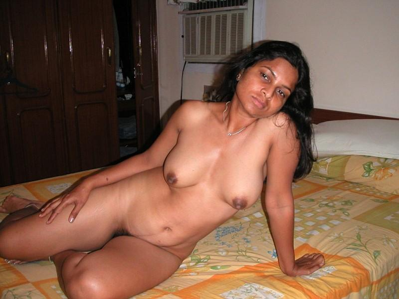 natural wife nude full naked