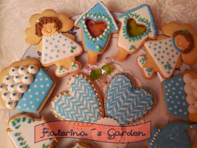 http://www.falerinasgarden.com/2013/04/esta-vez-en-azul.html