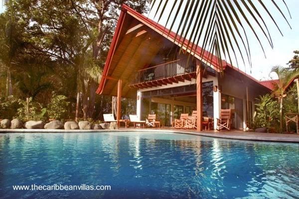 Casa Tropical en una villa Costa Rica