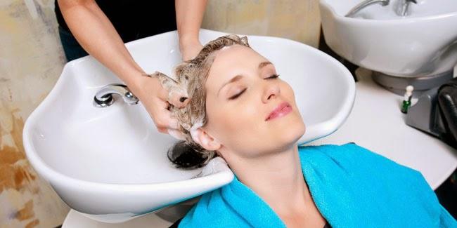 Memilih Shampo Sesuai Jenis Rambut