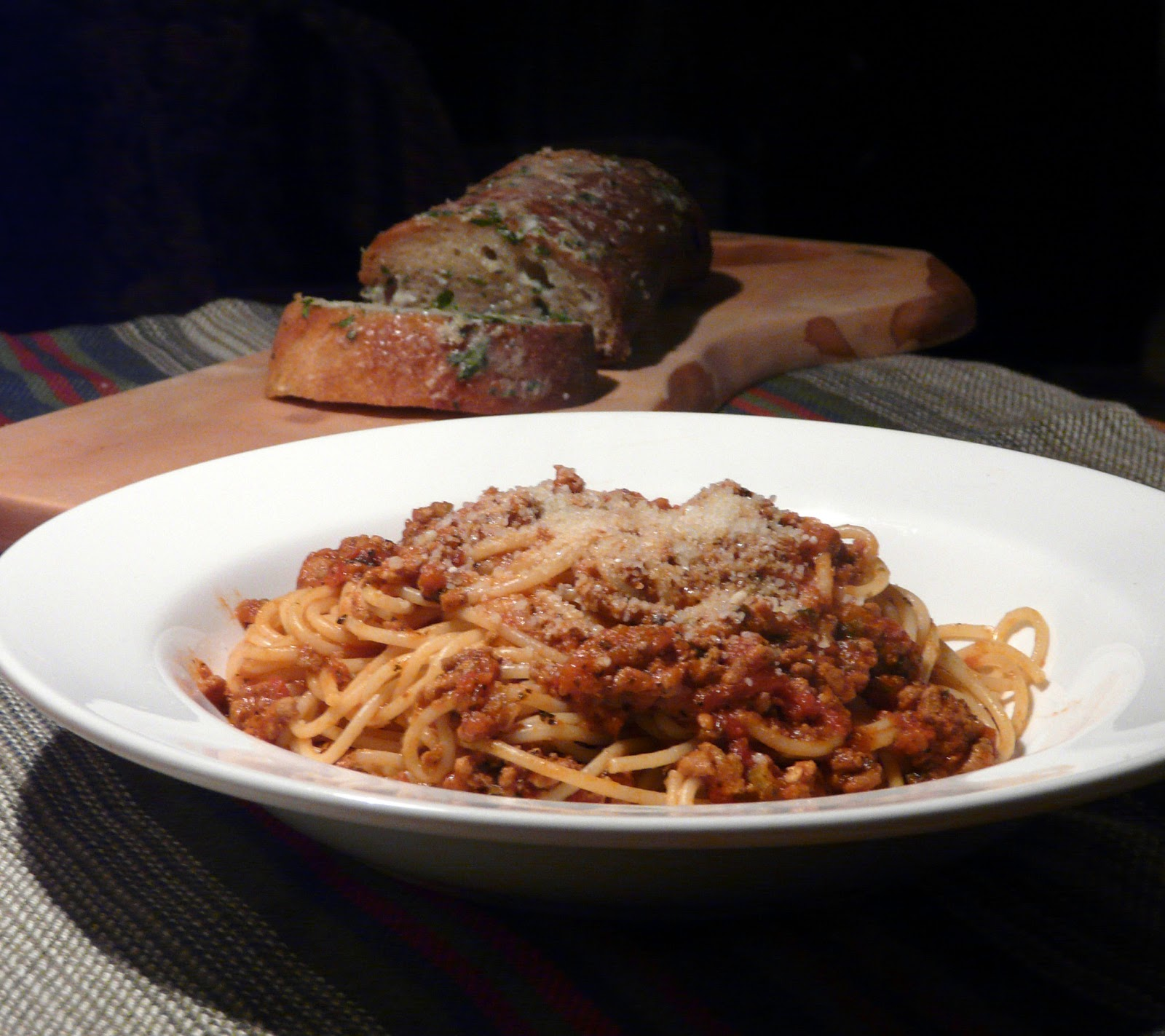 Thibeault's Table: Spaghetti Bolognese with Gorgonzola Garlic Bread