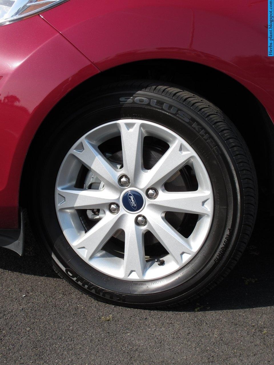 Ford fiesta car 2013 tyres/wheels - صور اطارات سيارة فورد فيستا 2013