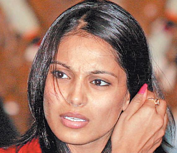 Bipasha Basu Without Makeup