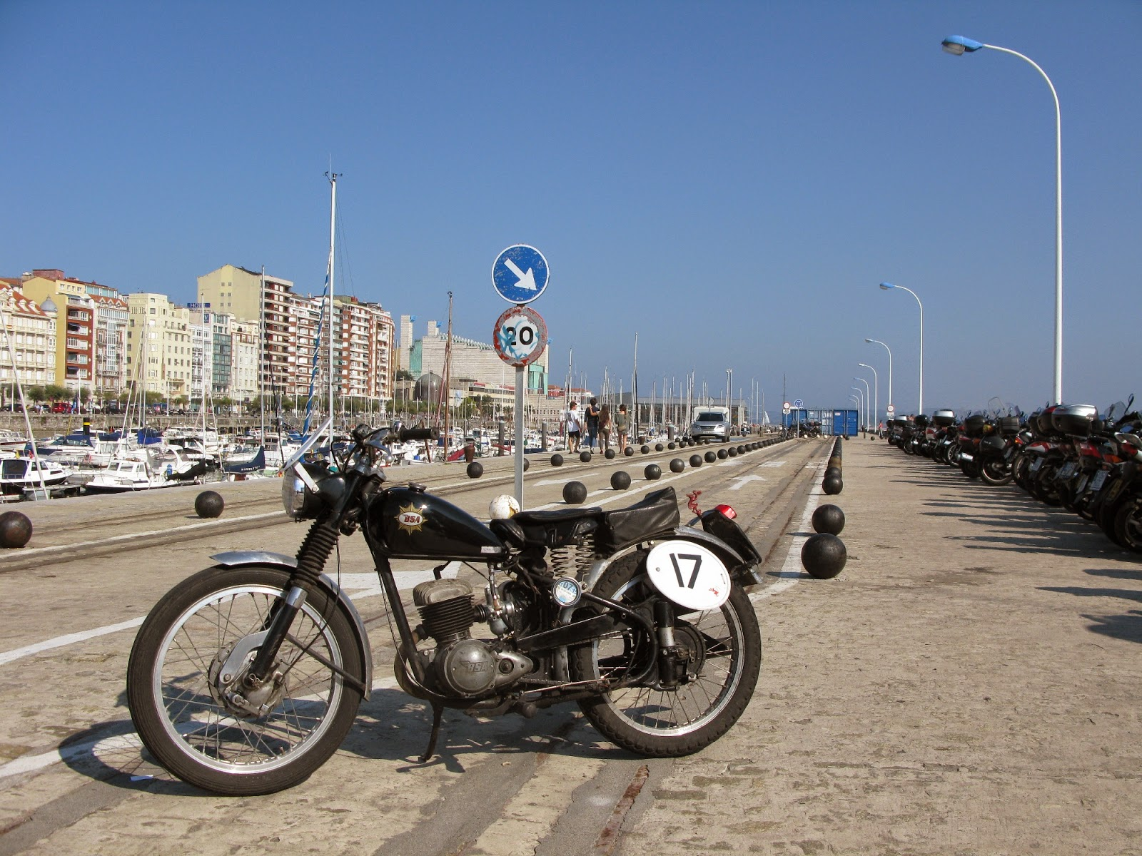bsa bantam santander moto piston rally spain
