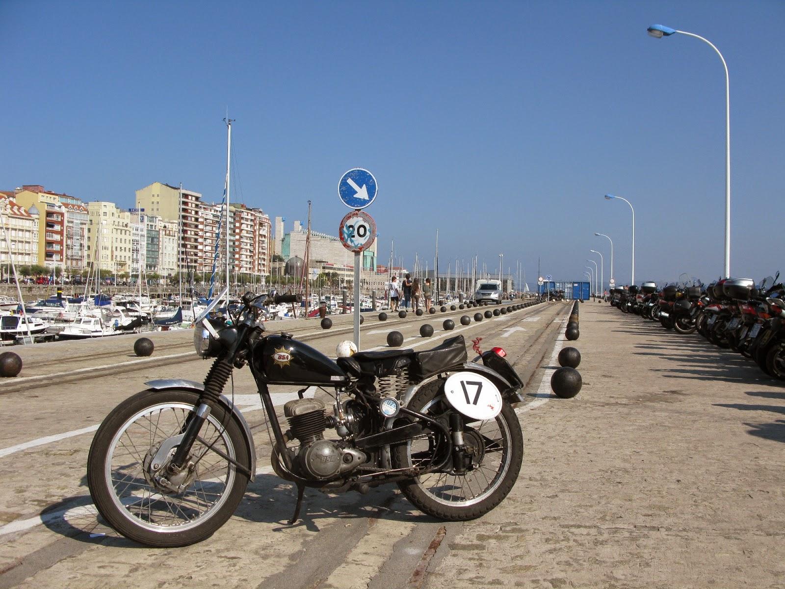 bsa bantam santander moto piston rally spain