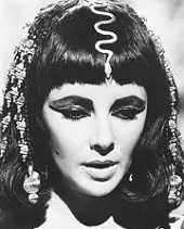 """Liz, en """" Cleopatra """""""
