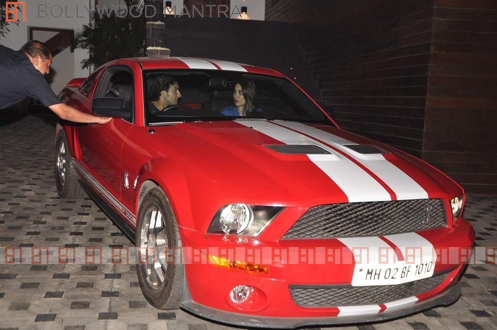 Saif Ali Khan And Kareena Kapoor In A Ford Mustang