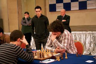 Ronde 6 - Anton Korobov 1-0 Maxim Rodshtein