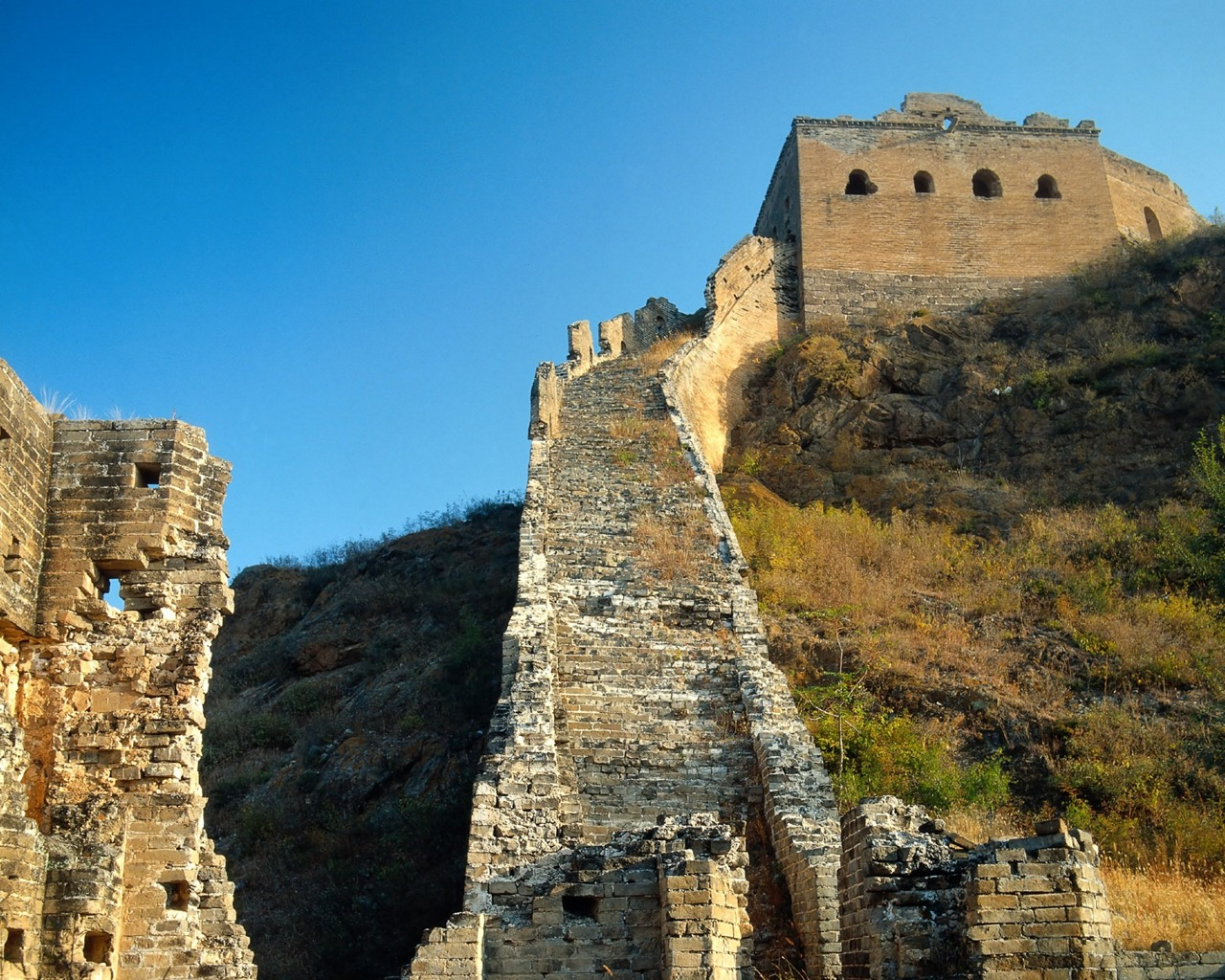 great wall china research papers The paper discusses the nature and development of the great wall of china under different cultures and dynasties the paper describes the construction of the great wall and looks at how the advancement of technology affected how it was built.