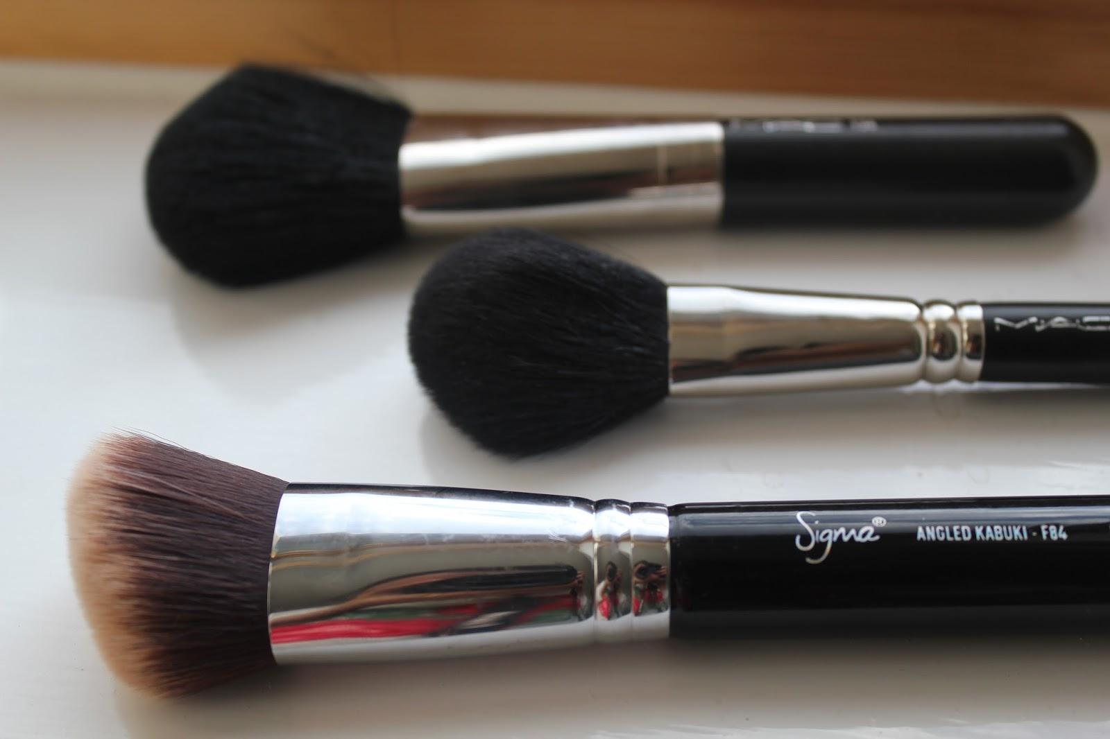 Sushy Loves Blush: MAC 116 blush brush - Review & Photos