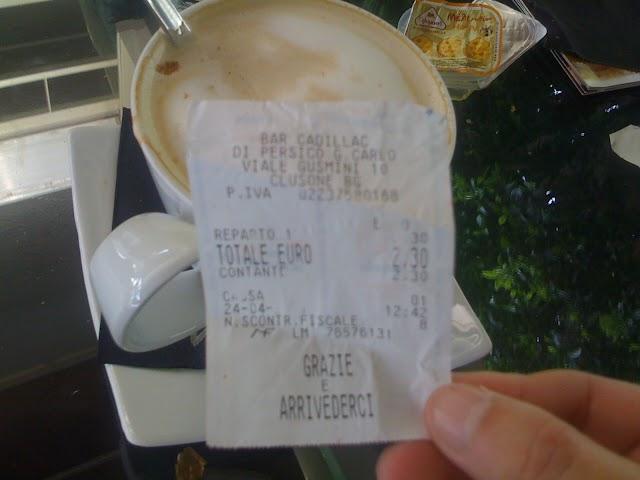 Πικρός ο καφές στη κεντρική πλατεία Κυπαρισσίας- Λιγότερο στοιχίζει ένα κιλό λάδι!