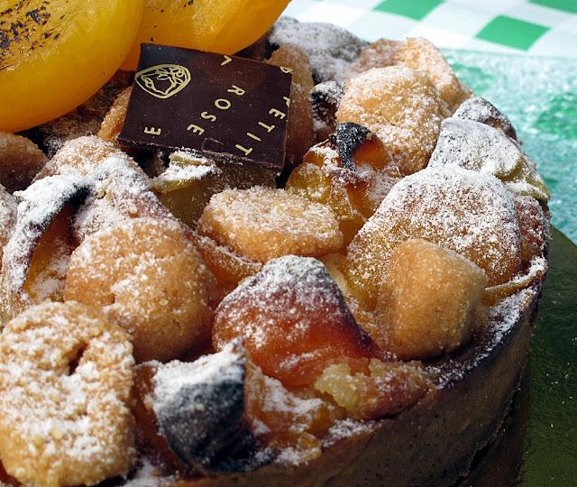 Pâtisserie La Petite Rose - Tarte à l'abricot