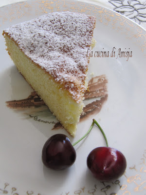http://lacucinadianisja.blogspot.it/2013/06/torta-al-latte-caldo.html