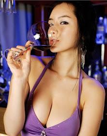 Foto Model Telanjang Pamer Payudara Kenceng