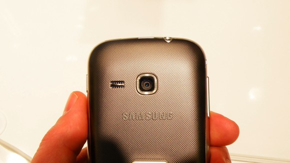 samsung galaxy mini 2 camera quality features