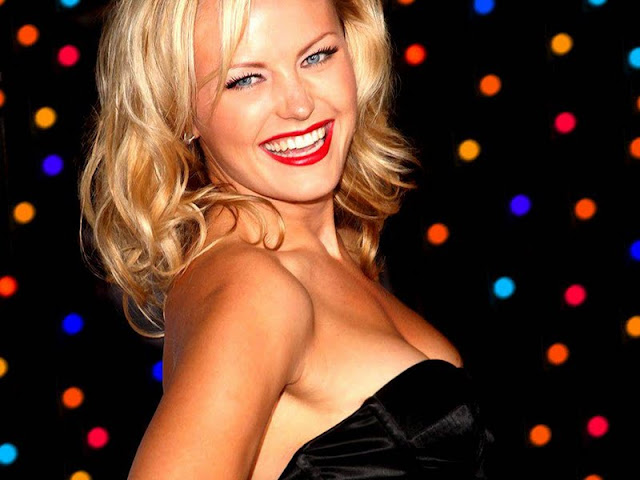 Malin Akerman Wallpapers