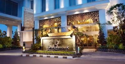 Tampak depan Hotel Jambuluwuk Malioboro Yogyakarta