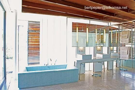 Baño de la residencia estilo Contemporáneo