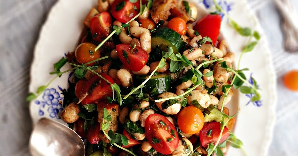Tomato Basil Salad with White Beans & Bocconcini