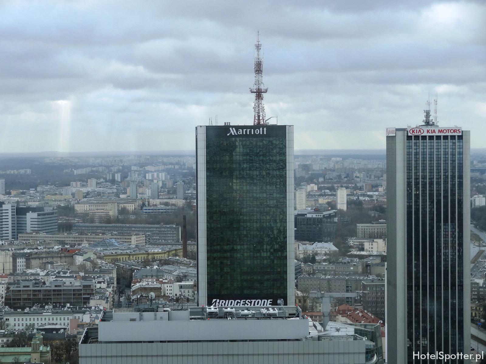 Hotel Marriott Warszawa - wyglad zewnetrzny
