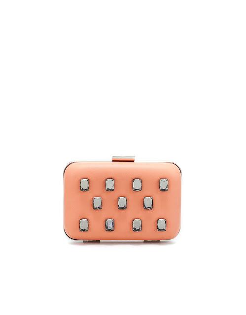 Clutch rosa con piedras Zara primavera/ verano 12