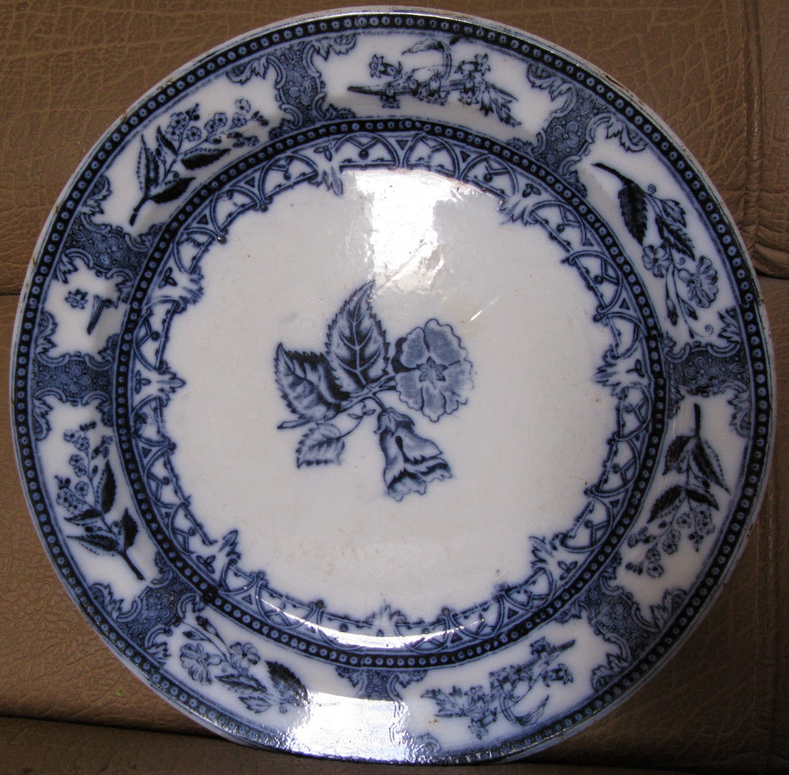 Antique Russian Imperial pottery & ZOORPUKHTOON : Antique Russian Imperial pottery