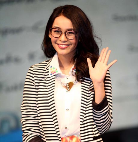conchita caroline chairunnisa kompas tv presenter cantik indonesia