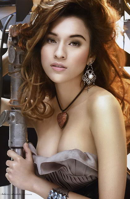 popular thailand actress