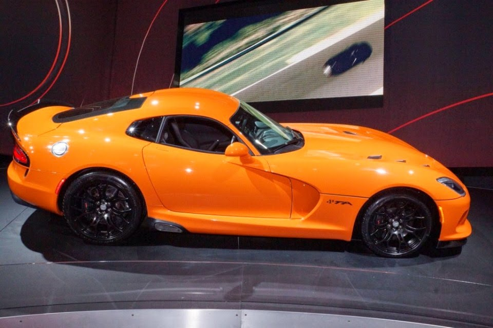 2014 Dodge Viper TA Wallpapers