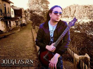 http://www.guitarcoast.com/2015/07/entrevista-com-douglas-jen-guitarrista.html