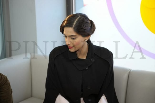 Sonam Kapoor promotes 'Bewakoofiyan' in London