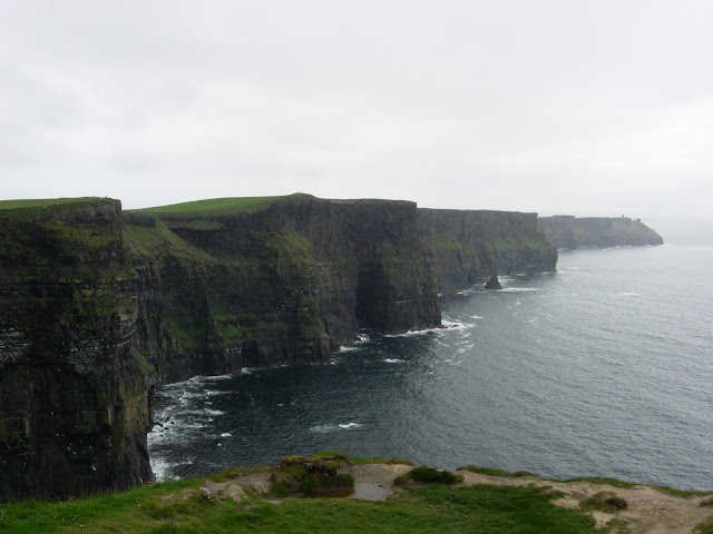 Le Cliffs of Moher