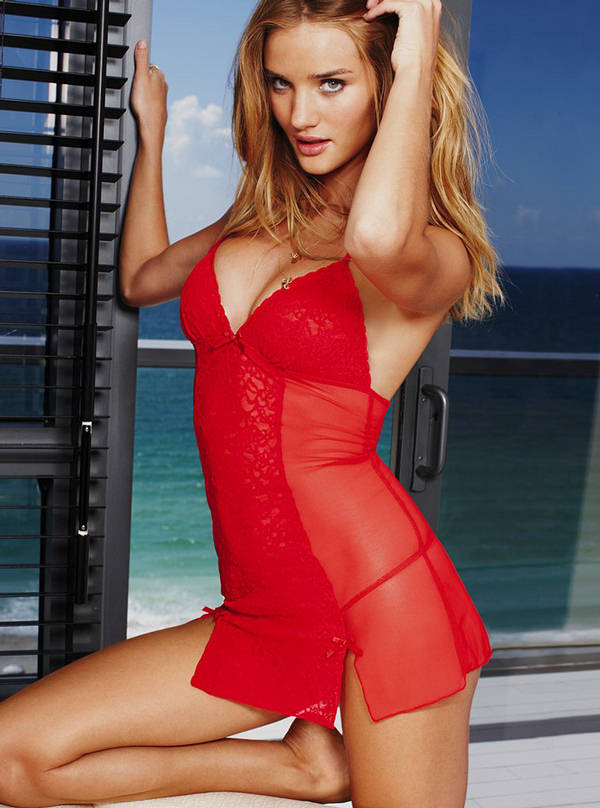 rosie huntington whiteley hot wallpapers. Rosie Huntington Whiteley Hot
