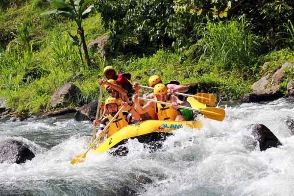 Rafting on Ayung River, Bali. AeroTourismZone
