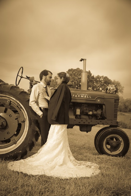Farm Wedding Photographer|Vintage Wedding Photo