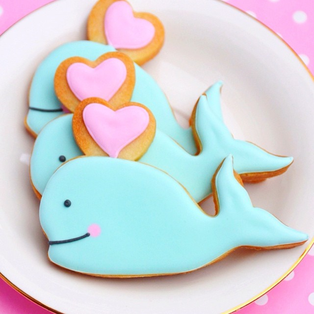 whale heart valentine cookies