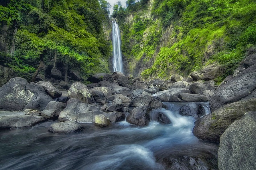 Air terjun Bantaeng yang sangat indah sekali