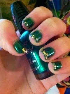 Green gold nail art 31 days of nail art challenge day 4 green nails