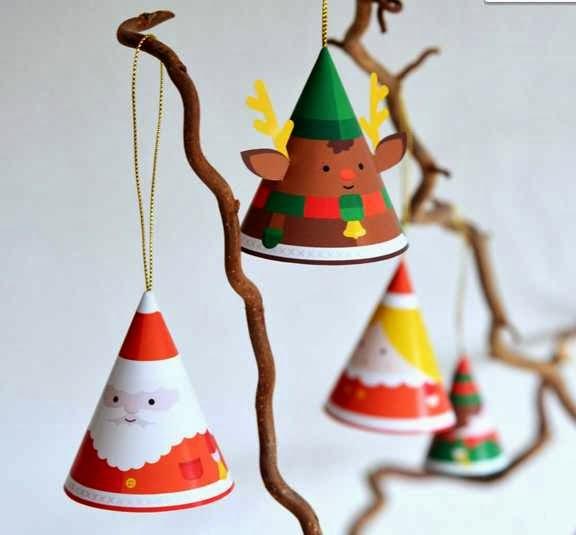 Decorazioni e scatoline natalizie fai da te creare con for Decorazioni di natale con la carta