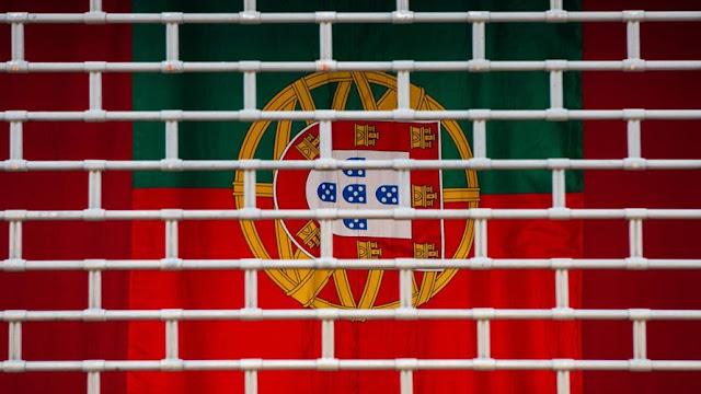 Os portugueses são incapazes de pensarem com clareza