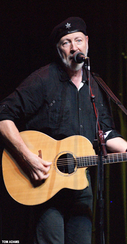 Blogtrotter  Richard Thompson   The Rio  Santa Cruz CA  Music Review