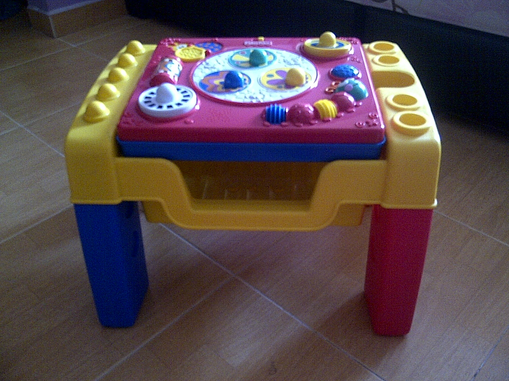 Special toys shop fisher price bee bop buildin 39 spinning tunes activity table - Table activite fisher price ...