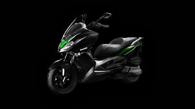 Fotos Kawasaki J300