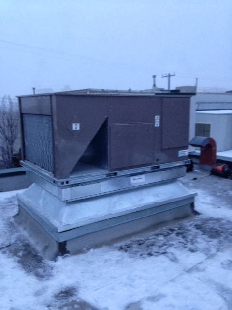 commercial roof top heating and ventilation unit