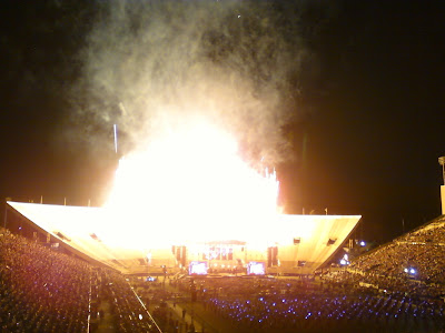 stadium of fire @ everything's hanging on this moment